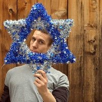 Star of David in tinsel